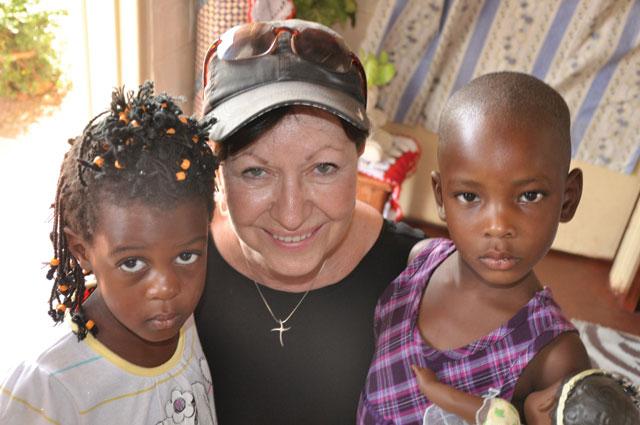 linda-with-kids-2012
